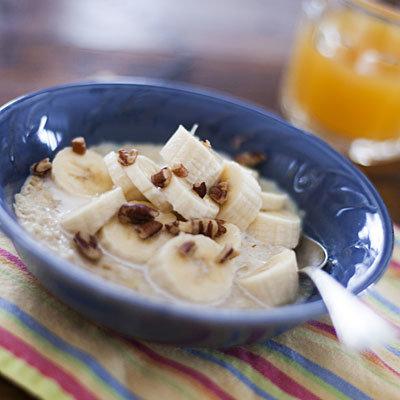 banana-oatmeal-breakfast
