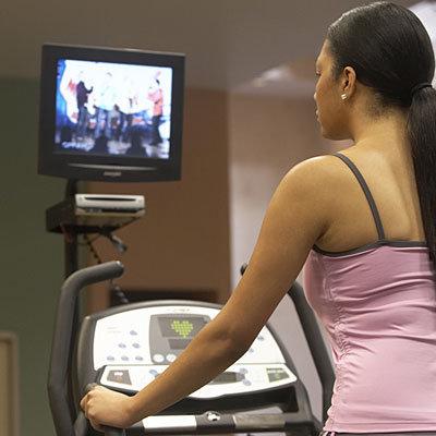 watch-tv-treadmill