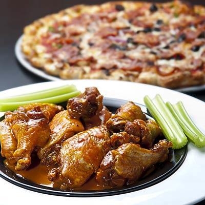 buffalo-wings-pizza