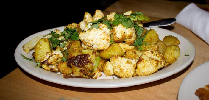 smartmag-featured-image-weight-loss-recipes-curried-cauliflower